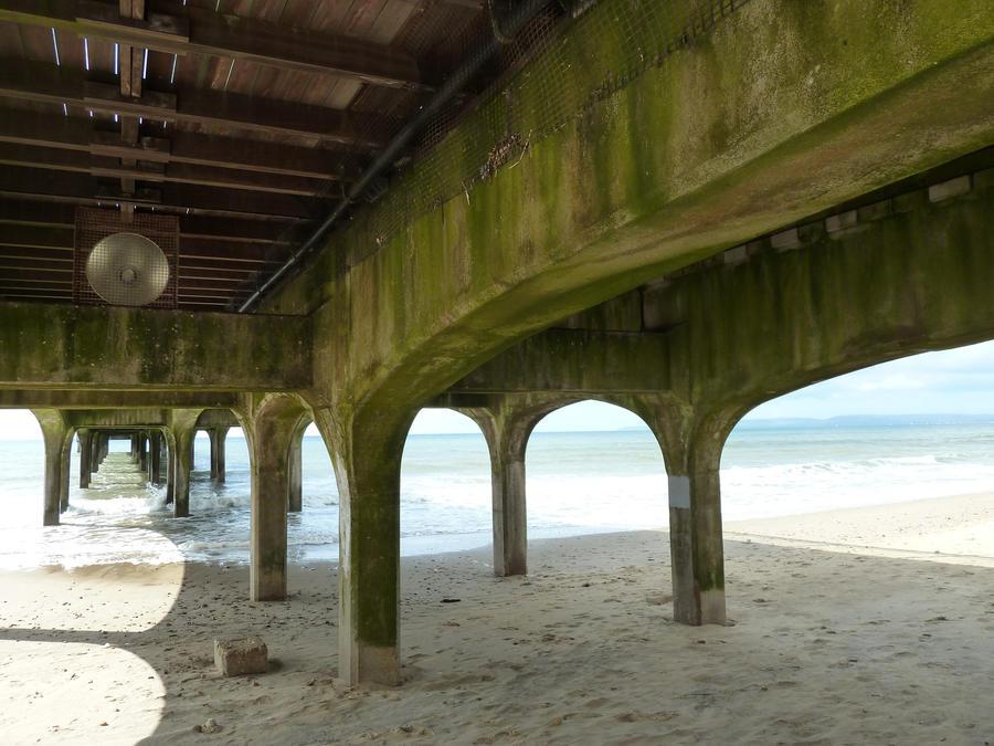 pier three by density-stock
