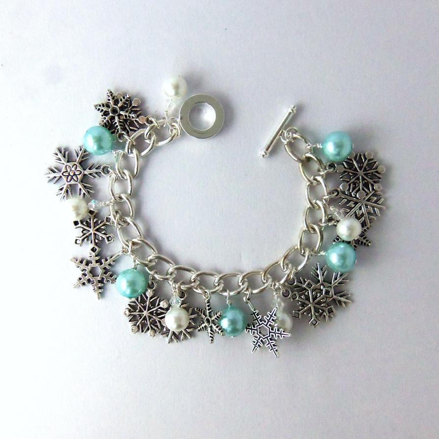 Snowflake Charm Bracelet: Turquoise Snowflake Charm Bracelet By FayeValentineJewelry