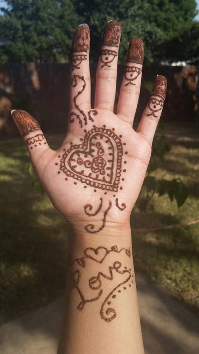 Heart Mehndi Designs 2015 : Henna heart by finalfantasywarrior on deviantart