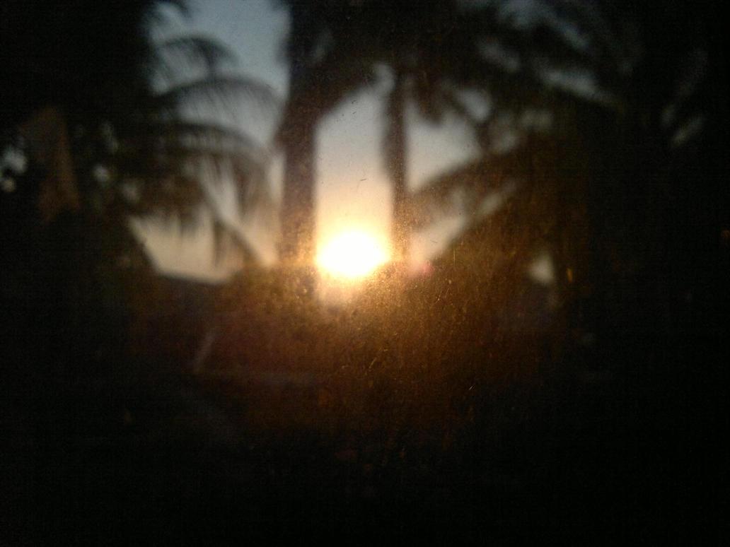 Blurry Sunset by Fadhun