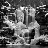 Fulmer Falls - Winter by IngoSchobert