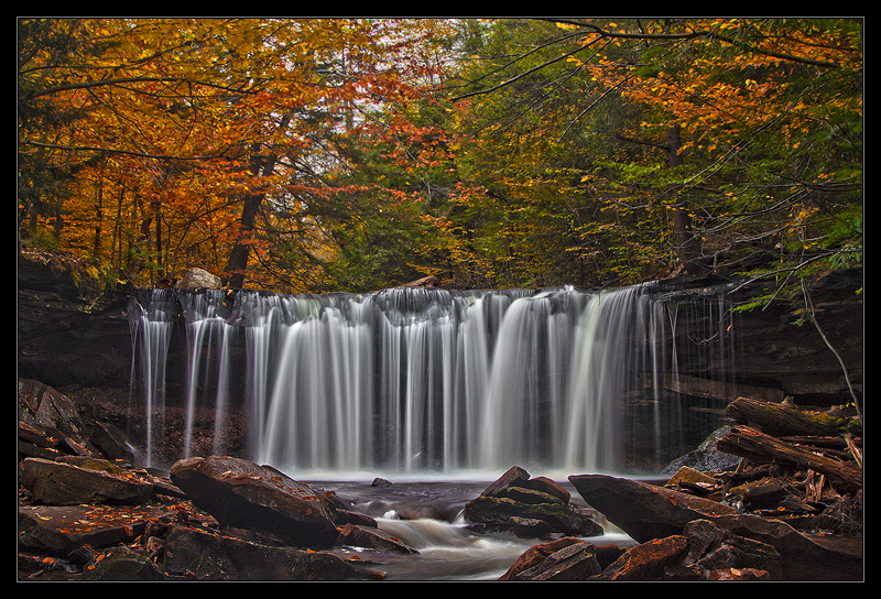 Fall at the Oneida Falls by IngoSchobert
