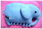Commission : Elephant pillow