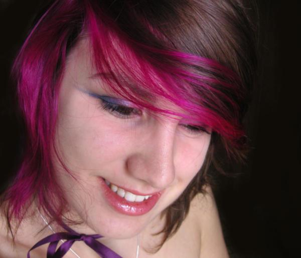 Pink Hair by littlehippy