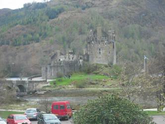 Eilean Donan Castle by dramaticPIXIESTICK