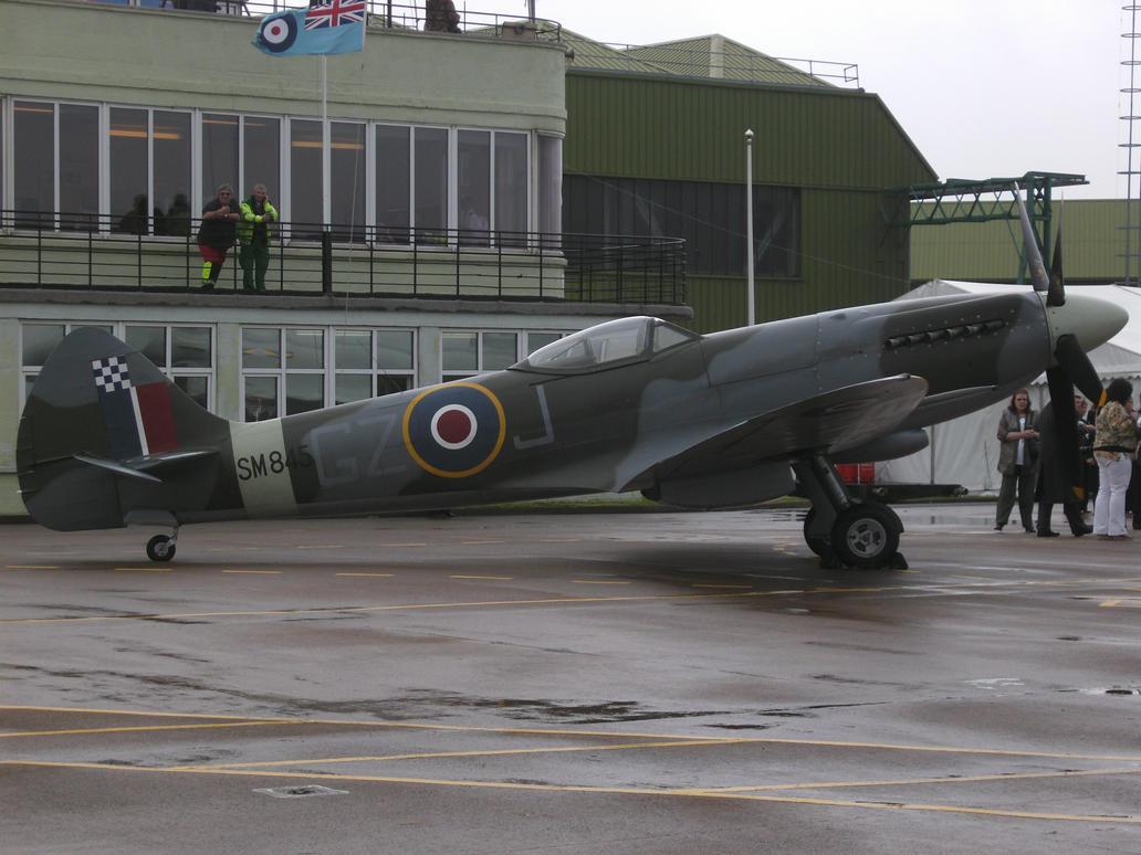 Spitfire MkXVIII by HighlandFox