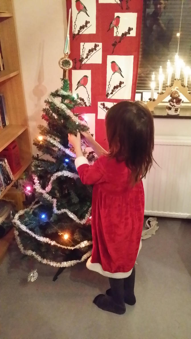 decorating the tree by snofs