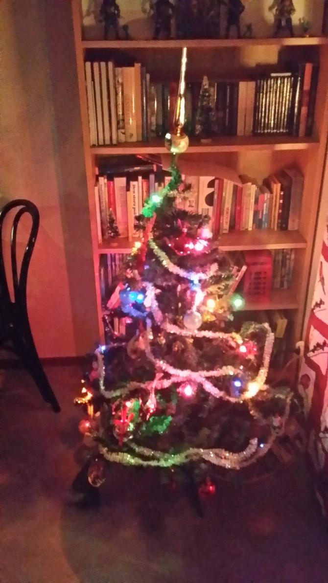 Done with the tree by snofs