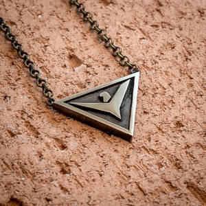Elite: Dangerous the Empire emblem pendant