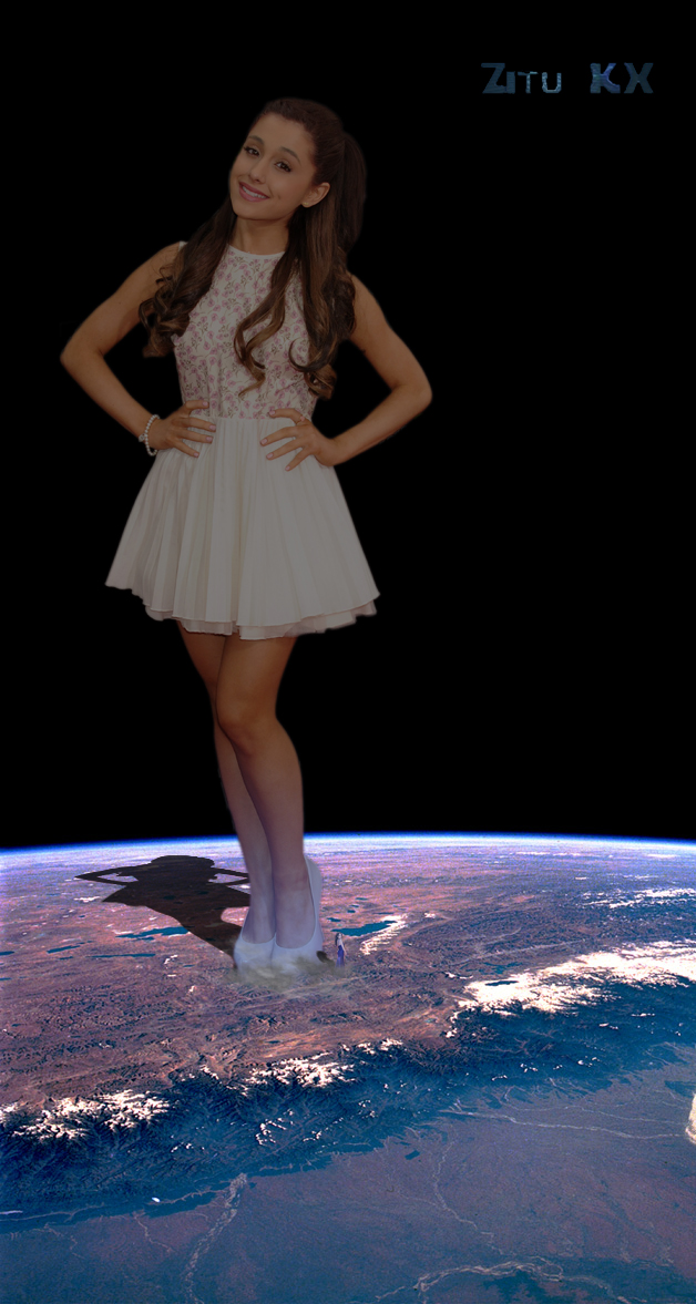 Growth fight: Ariana vs Elizabeth 4 by ZituKX
