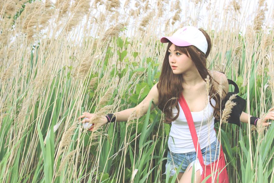 Trainer Hilda - Tall Grass by miyurii