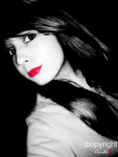 Black and white with red lips by Anetaa123 on DeviantArt