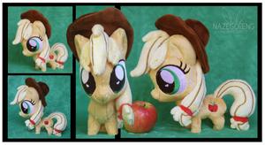 Chibi Applejack Custom Plush by Nazegoreng
