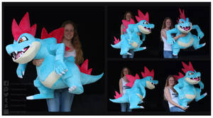 <b>Giant Feraligatr Custom Plush</b><br><i>NazFX</i>