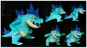 <b>Shiny Feraligatr Custom Plush</b><br><i>NazFX</i>