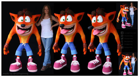 Lifesize Crash Bandicoot Replica by Nazegoreng