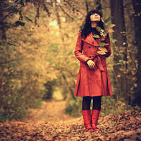 Whisper of the Fall.. by Khomenko