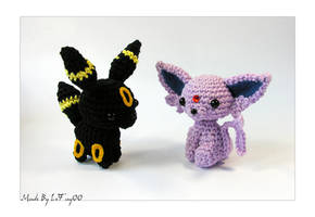 Chibi Espeon and Umbreon Amigurumi by LeFay00