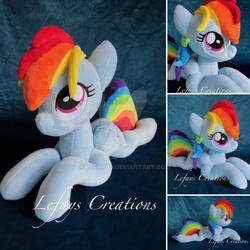 Laying Rainbow Dash