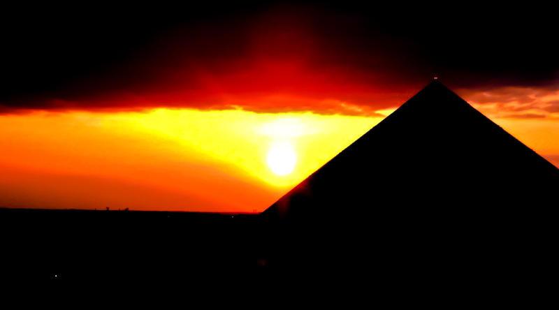 Pyramid Sunset by Hunter-Arkaman