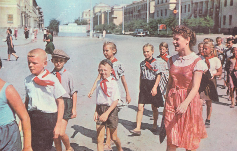 Walking Children by pandoraicons