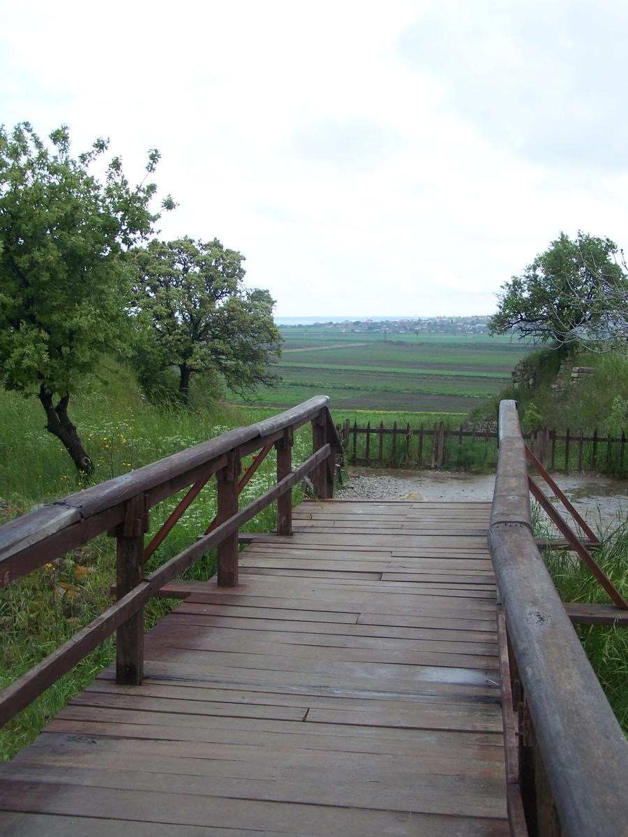 Path thru Troy by jahendrick