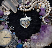 Kitty in Love - Heart-Shaped stempunk pendant by IkushIkush