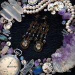 Pearl Midnight - Steampunk earrings