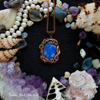 Mermaid necklace with sodalite and tentacles by IkushIkush