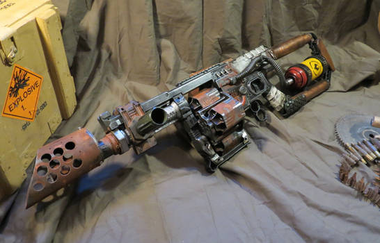 Custom Nerf DOOMINATOR Flammenwerfer