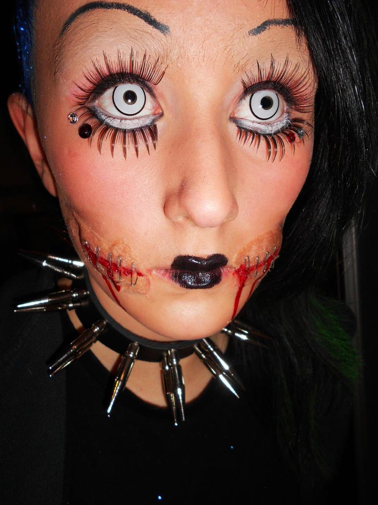 creepy doll make up creepy supreme pinterest creepy. Black Bedroom Furniture Sets. Home Design Ideas