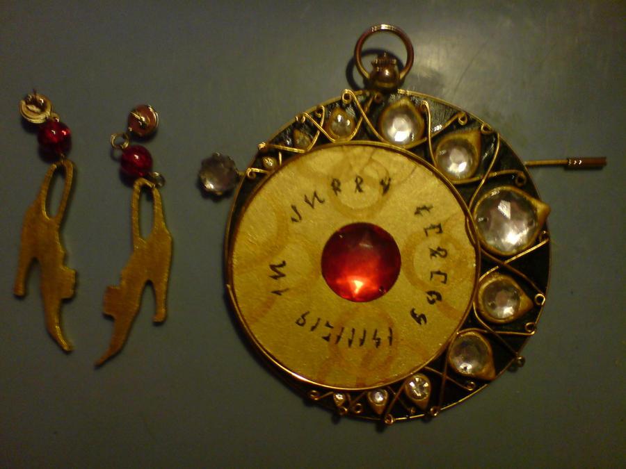 Bayonetta accesories by SandySuicide
