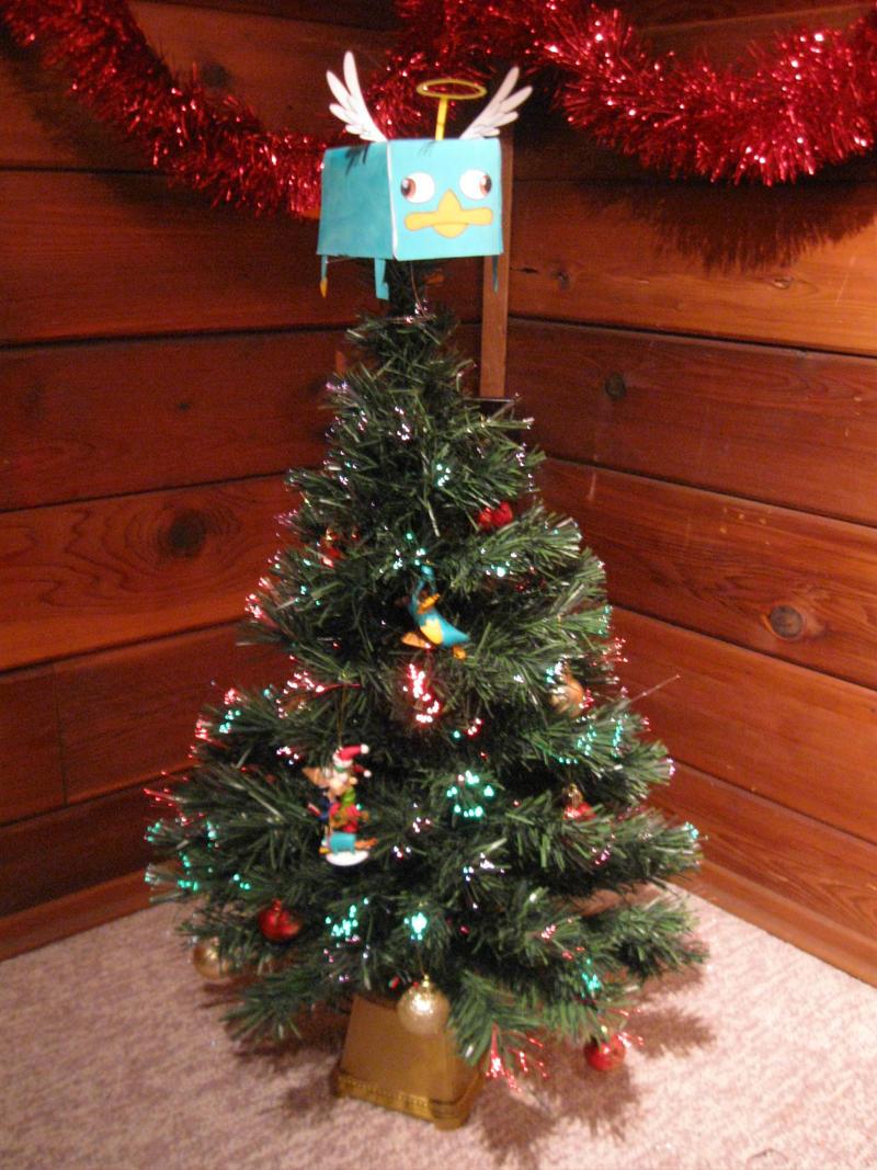 Christmas Tree by KicsterAsh