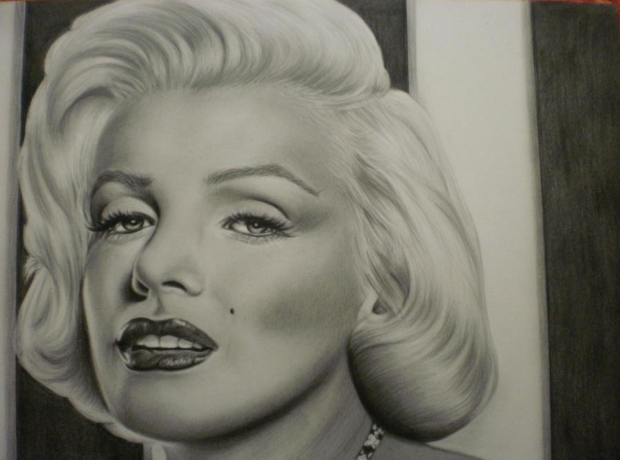 Marilyn Monroe by Mariannaeva