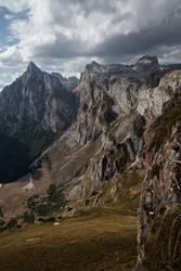 Path to Fuente De by BaciuC
