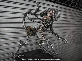 Metal Alien by Kreatworks