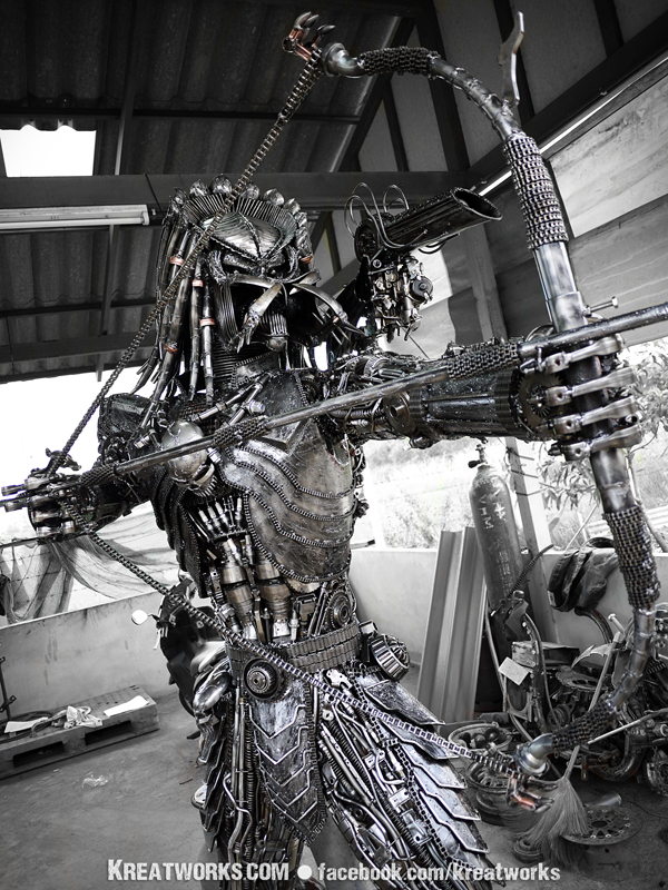The Metal Archer Predator by Kreatworks