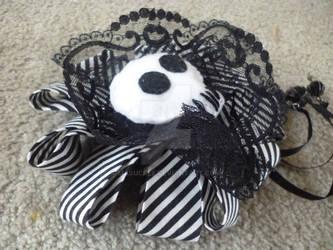 Black and White Skull Head Piece