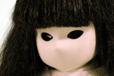 Creepy Doll by decari