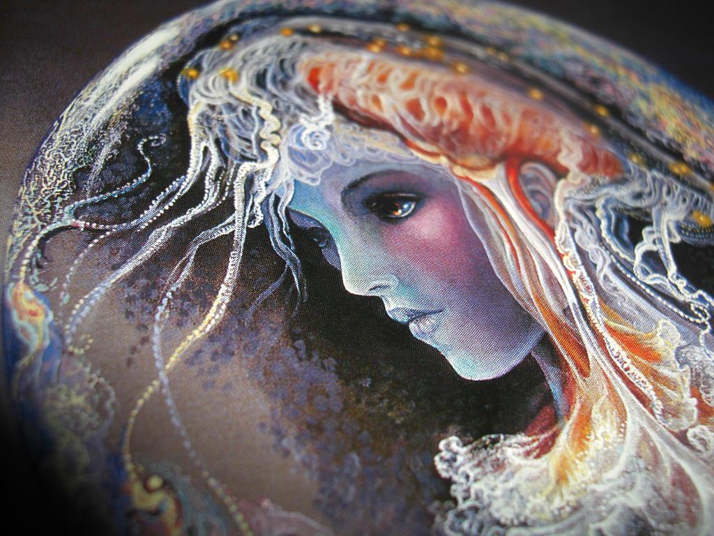 Jelly Fish Girl by BeautifulLie18