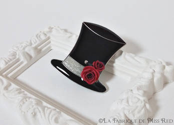 Top hat with roses brooch by MissRedJewellery