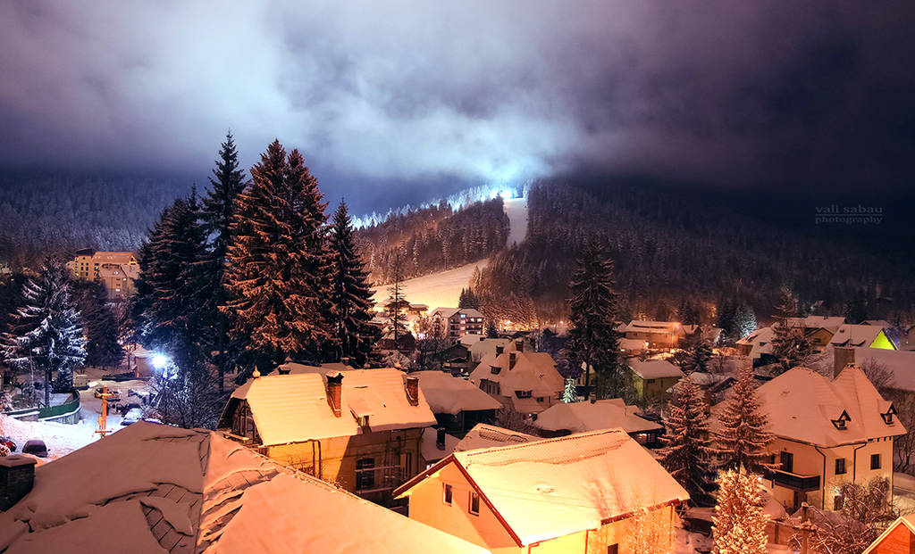 Cold January Evening II by valiunic