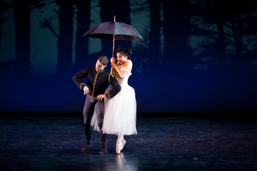 Tong's Ballet I by GwynConawayArt