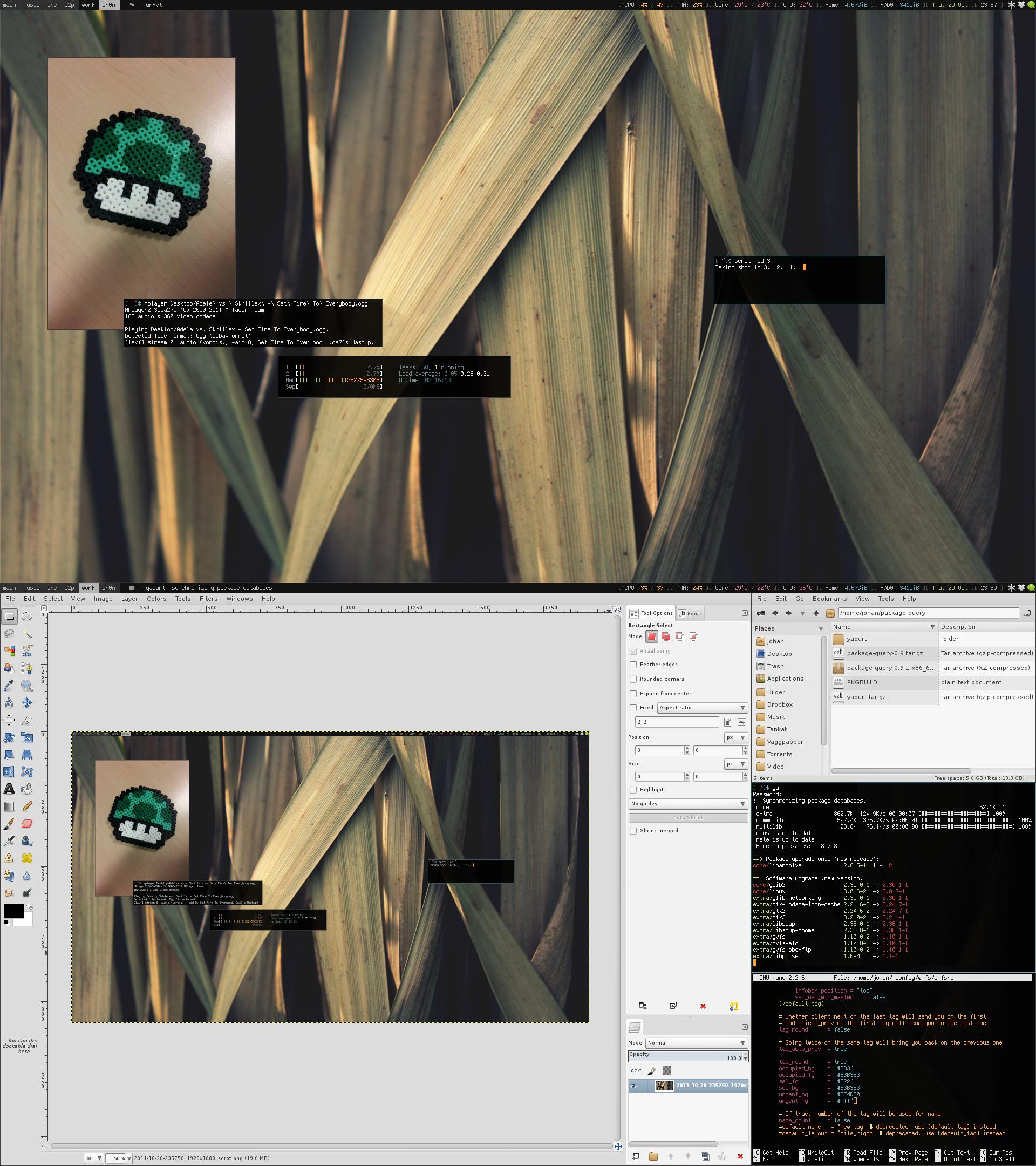 My Desktop - October 2011 by hundone