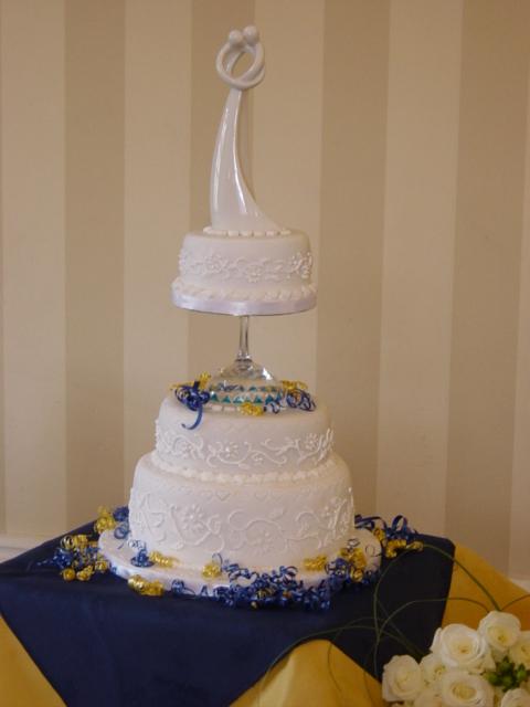 Wedding Cake by RTyson
