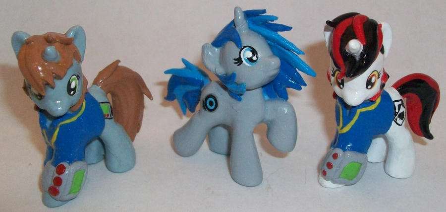 Fallout Equestria Gang by Gryphyn-Bloodheart