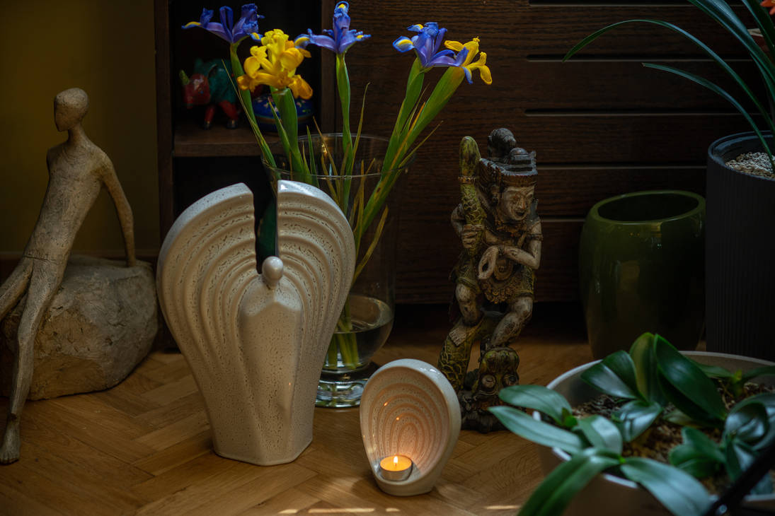 Set Of Ceramic Art Urns for Ashes - Guardian