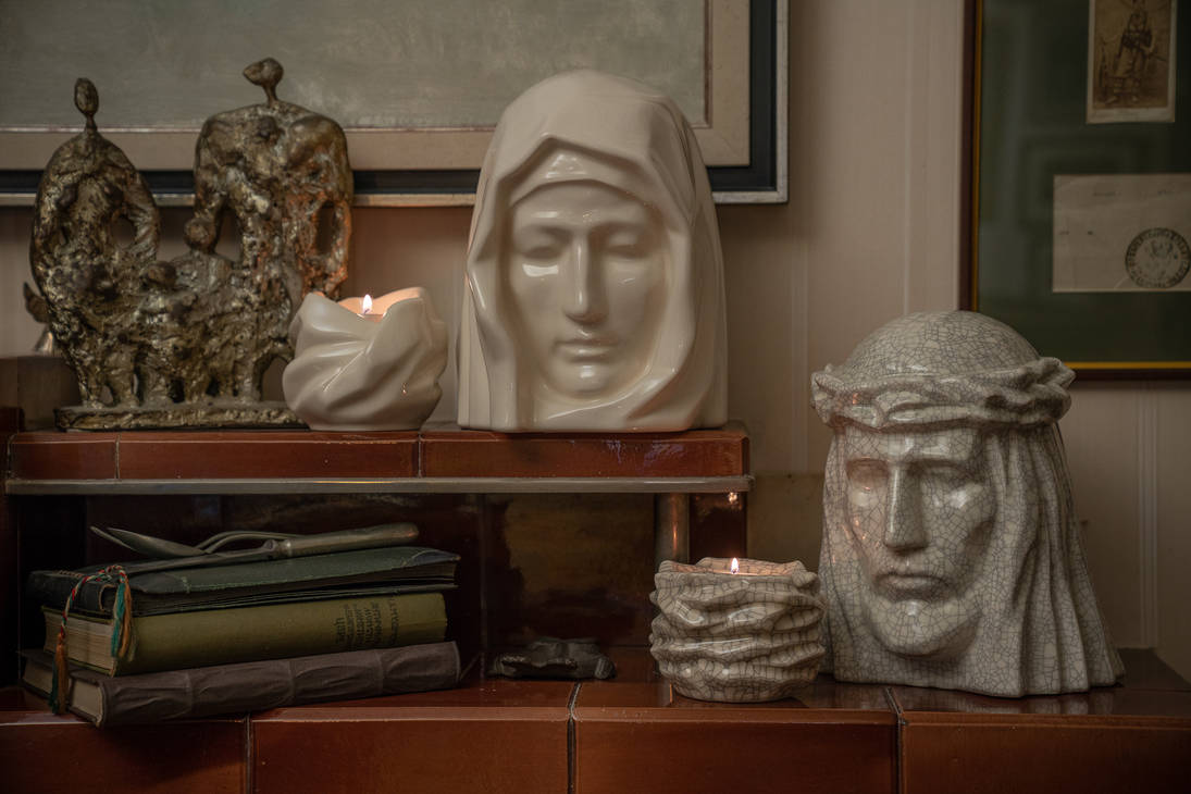 Cremation Art Urn for Ashes The Holy Mother