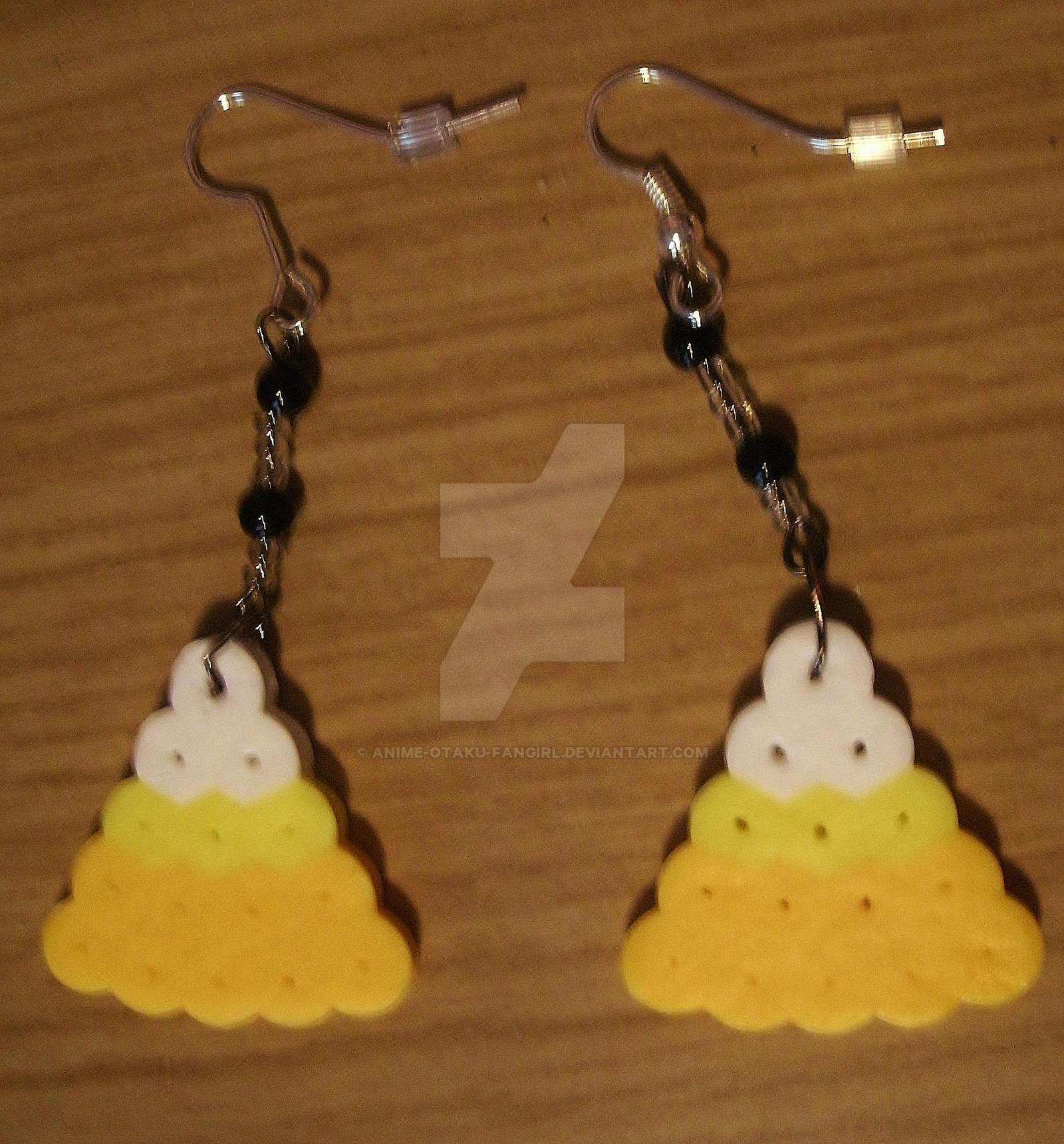 Candy Corn Earrings 1 By Animeotakufangirl