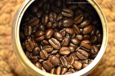 Starbucks Cafe by jurelazo